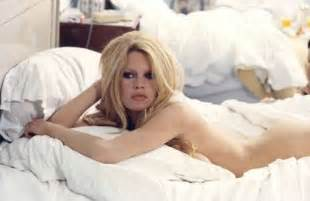 10 Most Seductive Naked Hollywood Actresses