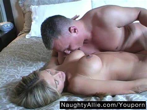 Trimmed Pornstars Cheats On Her Boy My Guy Dicked Babes Affair Milf