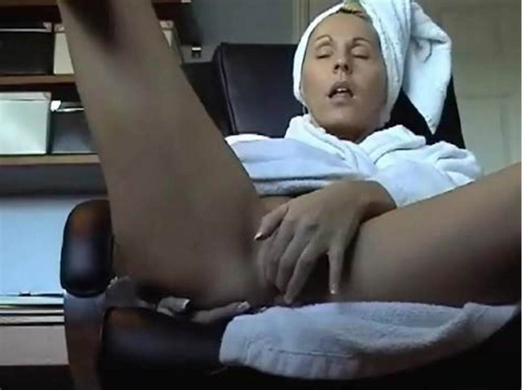 #Showing #Xxx #Images #For #Mom #Catches #Daughter #Masturbating