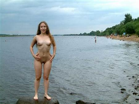 Teen Nude Girl Beach