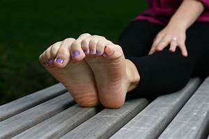 Wrinkled soles worship feet mature