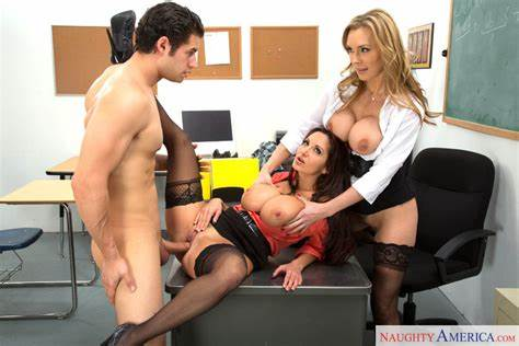 Classroom Student In A Threesome Twins Ava Addams Tanya Tate & Giovanni Francesco In My Defloration