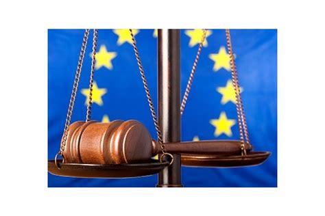Latvijas nepilsoņi Eiropas Cilvēktiesību tiesā apstrīd ...