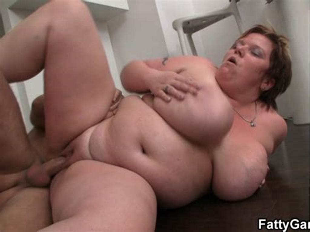 #Fat #Lady #Gives #Deep #Throat