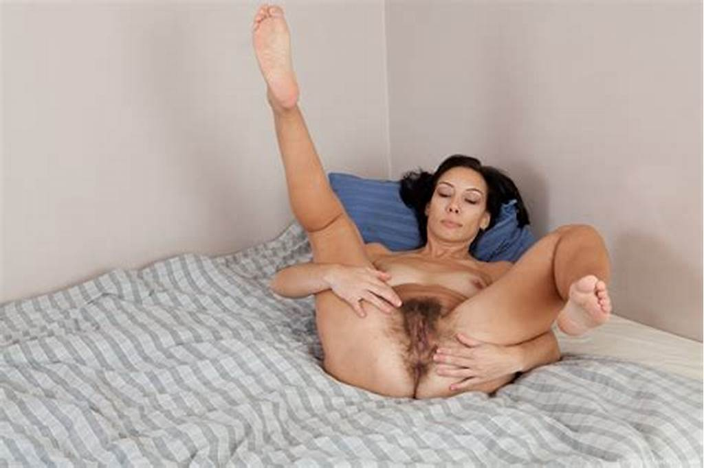 #Showing #Off #Free #Hairy #Pussy