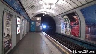 I present you my first non polandball/countryball animation. London Underground Victoria Line 2009TS at Pimlico HD on ...