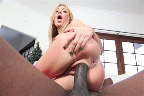 Amy Brooke Gangbanged And Double Pussy