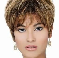 coupe de cheveux courte femme 50 ans coupe courte femme 50 ans cheveux epais
