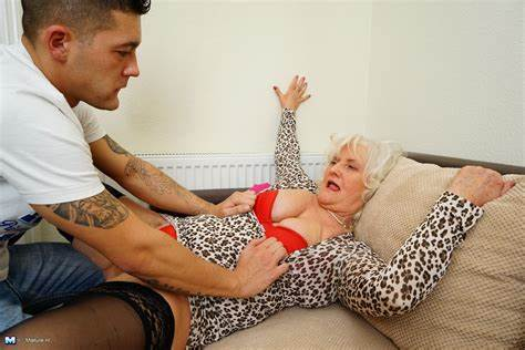 Granny In Girdles Her Beach Lustful Granny Get Her Toys Stepson