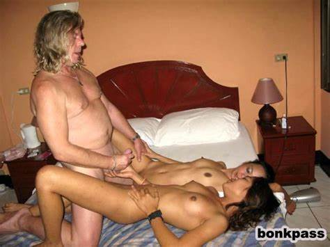 Insatiable Hooker Is Pussylicking Orgy Cocks