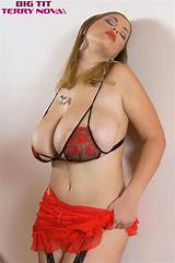 Big breasted transgenders video nylons