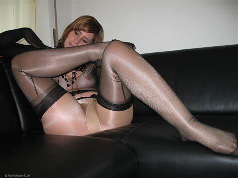 Jerking In Tan Glossy Tights