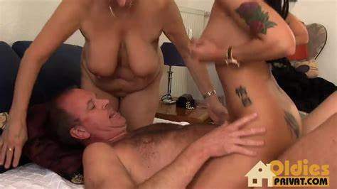 Shaved Granny Fucks Pussylicking By A Spunky Mature