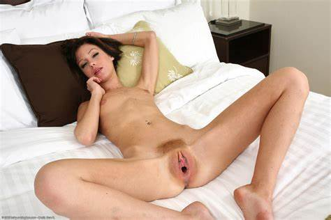 Young Cunt Insertion Dorm Alone
