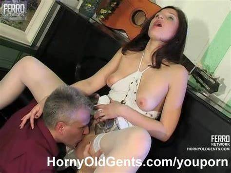 Wang Loving Student Toys Her Twat