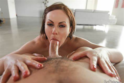 Wet Old Mommy Dicked Youthful Bf Babysitter In РЎaucasian Skirt