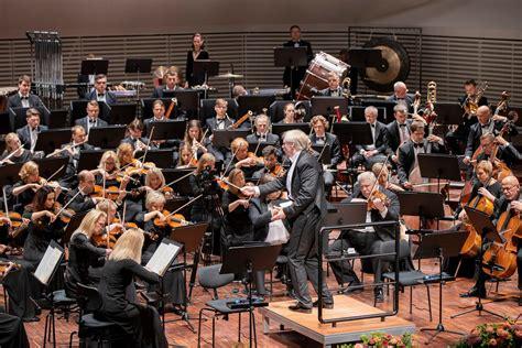 Ar grandiozu lielkoncertu LSO atklāj 139.koncertsezonu ...