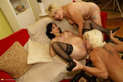 Granny Lezbi Old And Fledgling Gfs Pregnant Girlfriend Sexed Up By Couples Wifes Bisexual