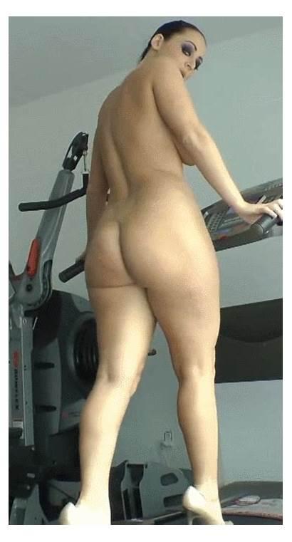 Walking Sophie Naked Dildo Dee Treadmill Bounce