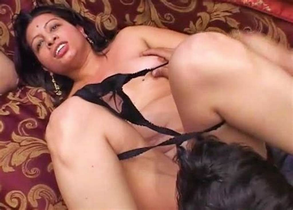 #Husband #Films #His #Sweet #Mature #Wife #Fucked #Bull