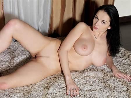 Teen Nude Katie