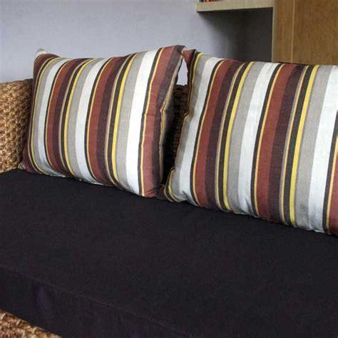 faire l amour sur un canapé 111 gros coussins de canape d co quand les coussins
