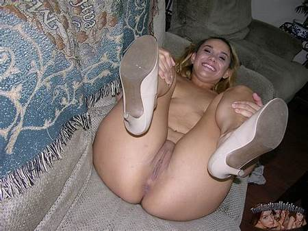 Nude Teen Latin Model