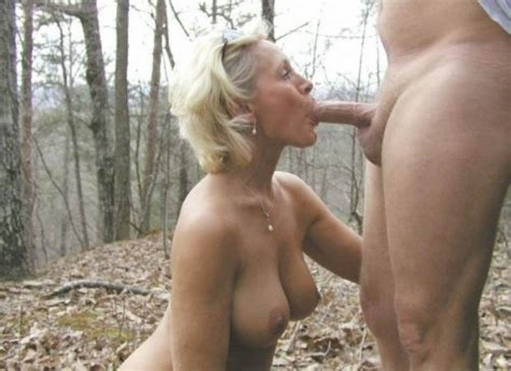 #Moms #Morning #Blowjob