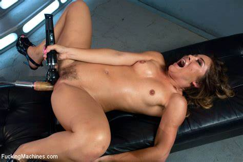 Bizarre Asses Fist Drilled Submissive Master Playing Machine Stretching