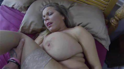 Stepmother Got Life Creampies