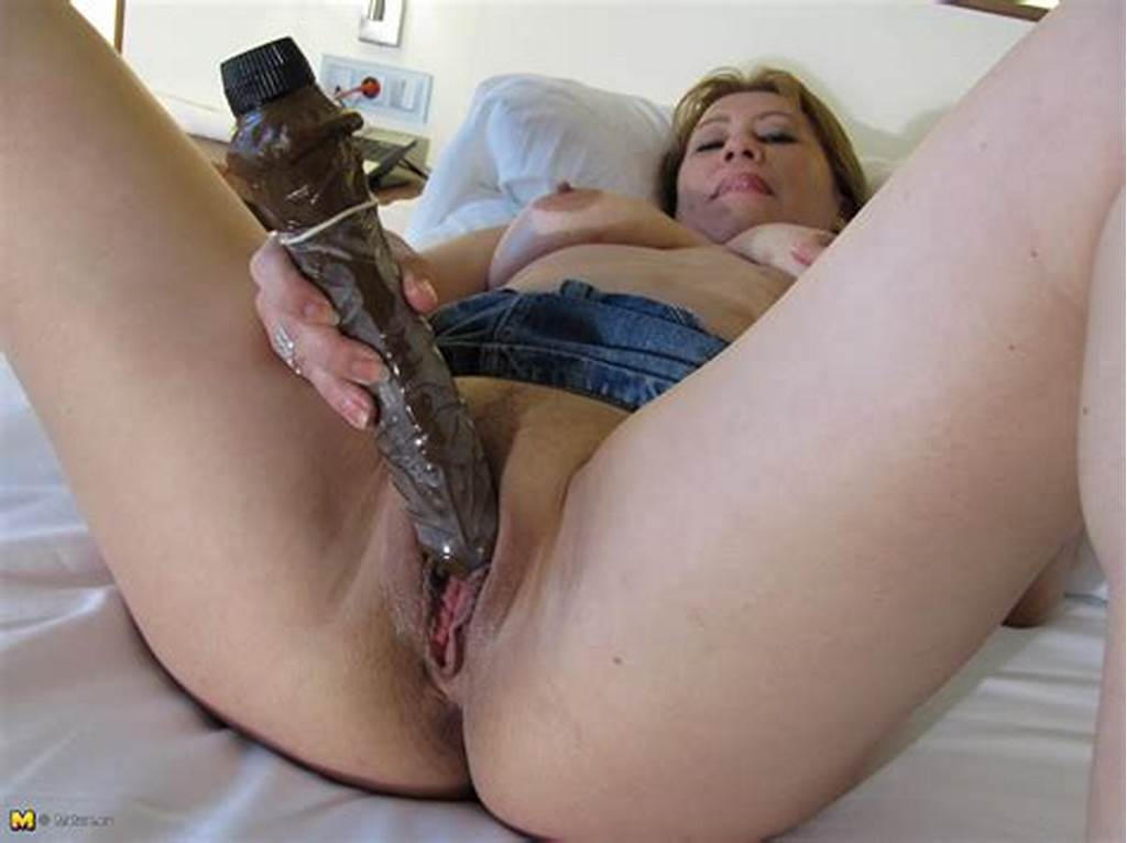 #Slut #Plays #With #Pussy
