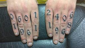 Tatouage Sur Le Doigt : tattoo tatouage lettrage lettre chiffre doigt tatouages filou lettrage lettrage tatouage ~ Melissatoandfro.com Idées de Décoration