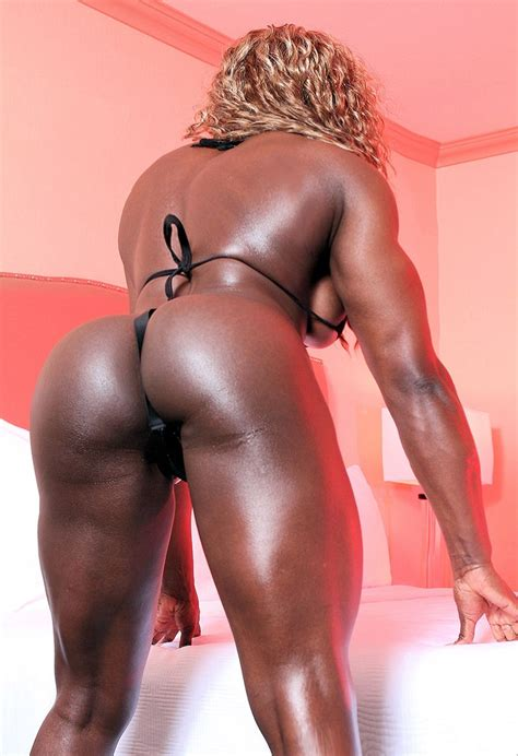 <a href='http://galleries.pichunter.com/krawl/312/3125842/index.html'' target='_blank'> Sexy Black Female Bodybuilder with huge muscles - Pichunter</a>