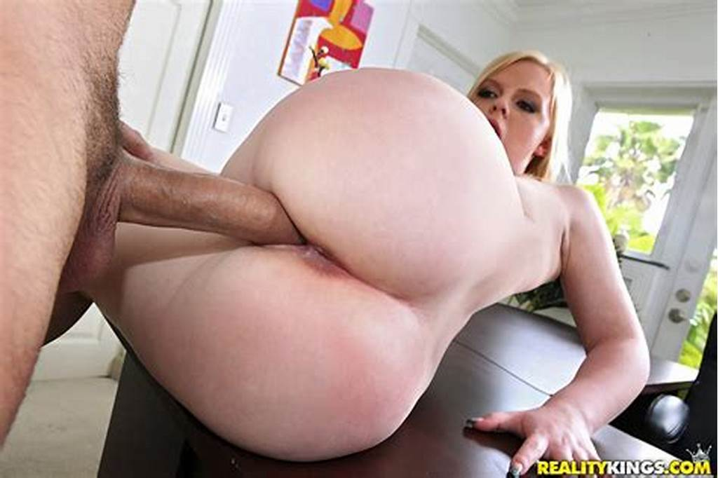 #Cutie #Thick #Blonde #Girl #With #Fat #Ass #Gets #Her #Pussy