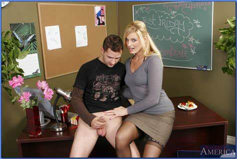 Porn With A Hot Teacher Ends In Prick Licking