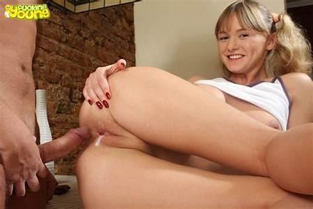 Nude Blonde Teen Free Thumb