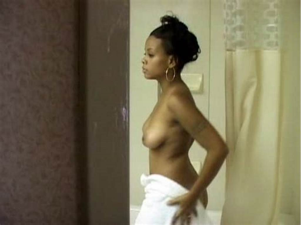 #Spy #Cam #Catches #Hot #Ebony #Girl #Undress #In #The..