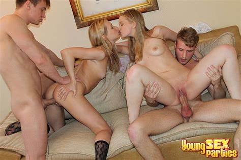 Teens Creamy Foursome Fucked Pantyhose