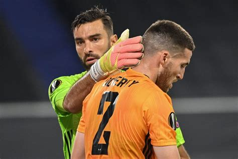 Jun 21, 2021 · a report from portugal has claimed that porto midfielder sergio oliveira is desperate to join tottenham hotspur this summer. Report: Tottenham in 'advanced talks' with Wolves to sign Matt Doherty | Sportslens.com