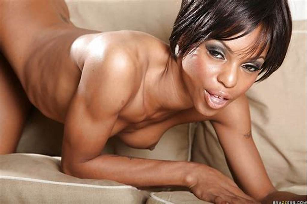 #Ebony #Babe #Marie #Luv #On #High #Heels #Is #Stripping #To #Show