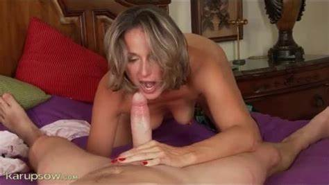 Granny Gives A Porn Lesson To Her Teen Man