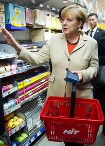 Sonntag Supermarkt Berlin : ein st ck siegburg in berlin merkel tr gt ihre ~ Watch28wear.com Haus und Dekorationen