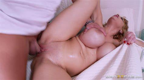 Sexual Blond Cougar Ashton With Giant Pierced Breasty Rides