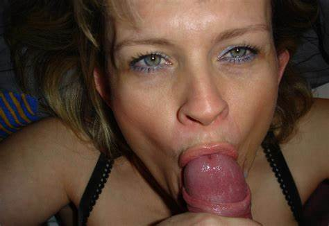She Cums While Having Facialed On Amateur