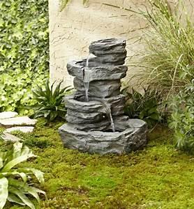 Brunnen Garten Solar : 52 erstaunliche bilder von gartenbrunnen zum inspirieren ~ Lizthompson.info Haus und Dekorationen