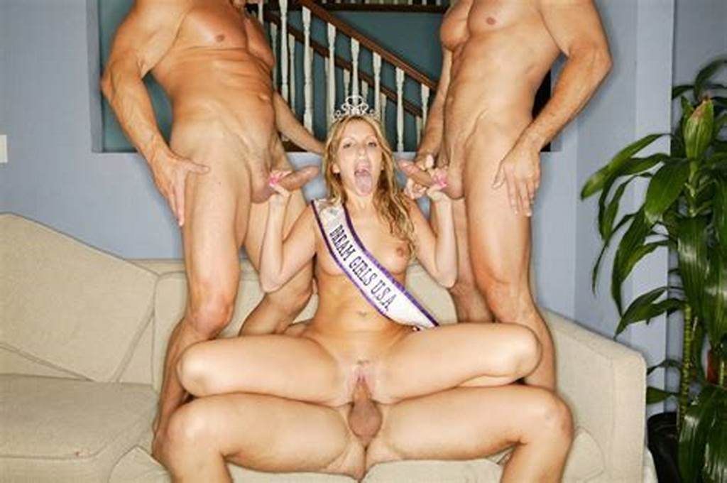 #Courtney #Simpson #Caught #In #A #Wild #Sexy #Orgy