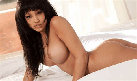 Hot Latin Teenager Edenkiyomi The Top 10 Hottest Latino Moms