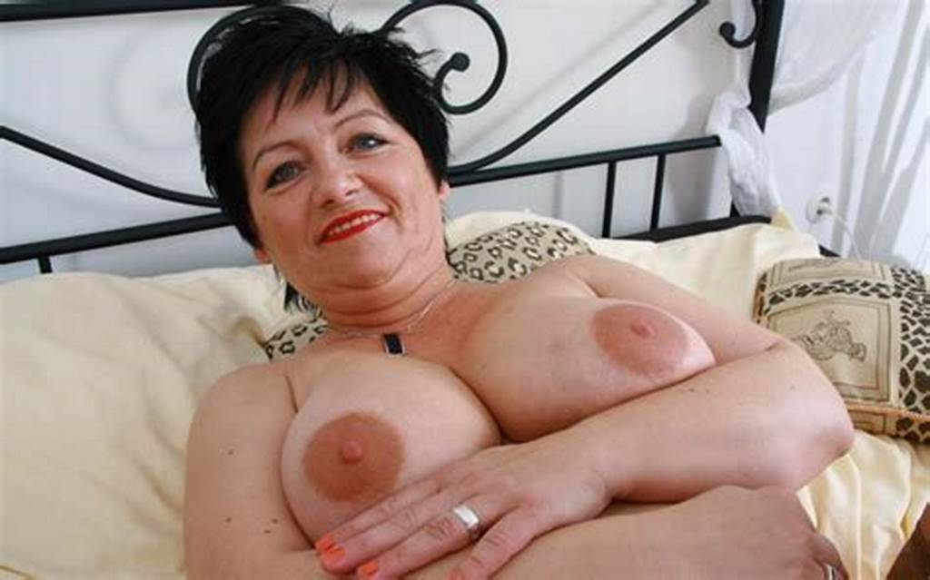 #Mature #Mom #With #Huge #Tits #At #The #Casting