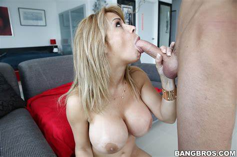 Milf Raylene Like Shocking Dick