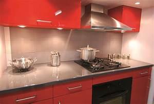 deco cuisine rouge et grise maison design bahbecom With deco cuisine rouge et grise